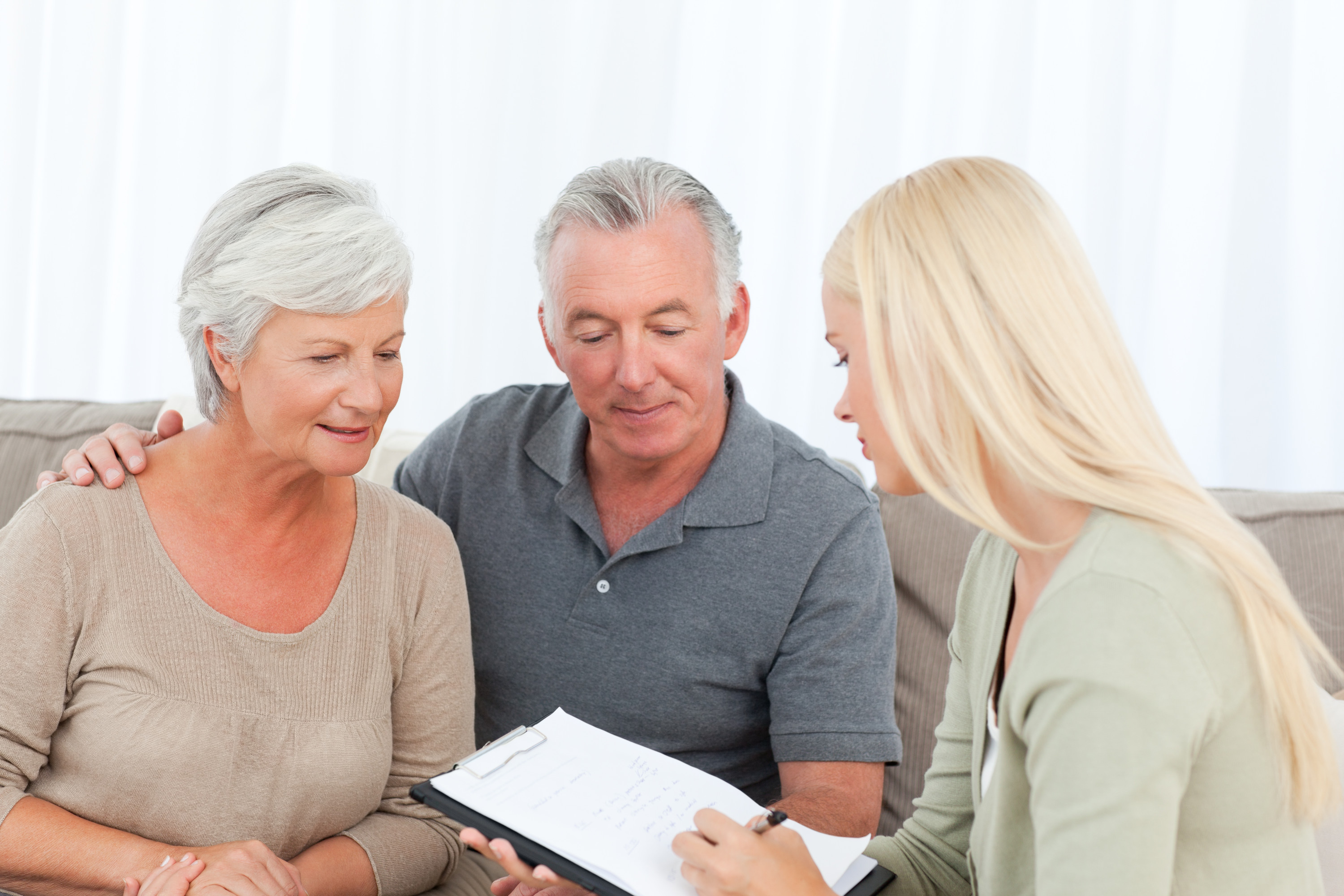 10 Tips for Choosing the Right Senior Housing Facility